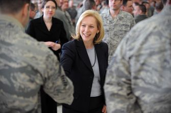 800px-Kirsten_Gillibrand_meets_rescue_wing